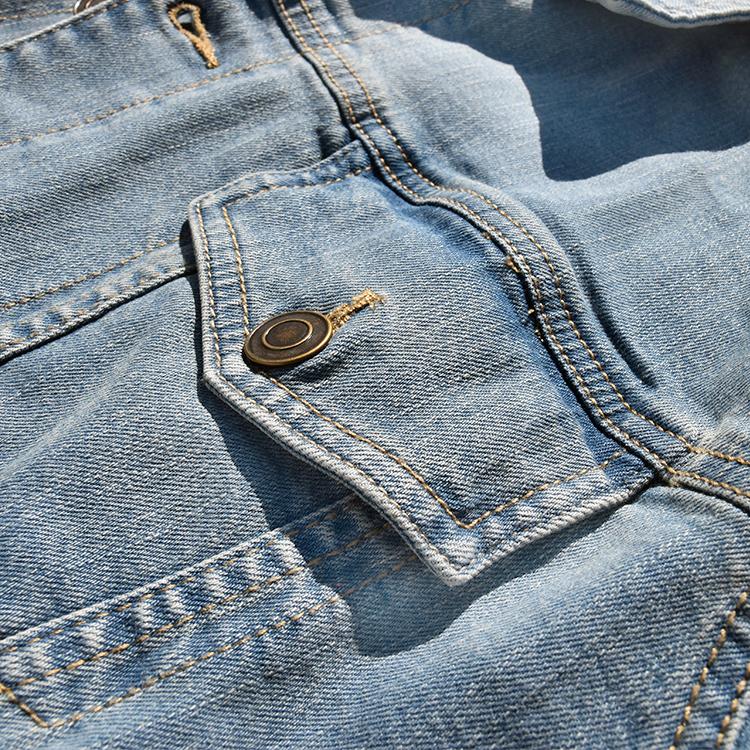 Kurtka jeansowa z nadrukiem